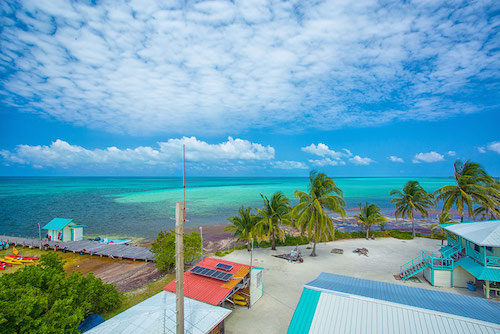 Middle Caye, Glovers Reef