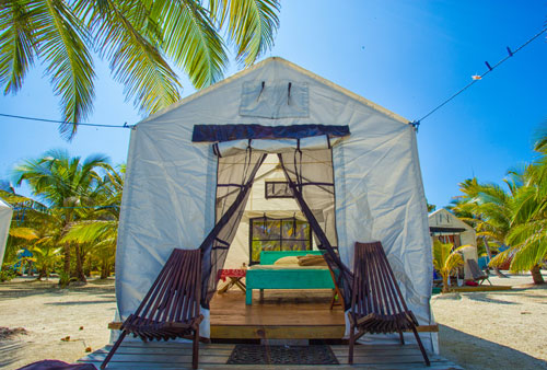 Tent cabanas at Glovers Reef
