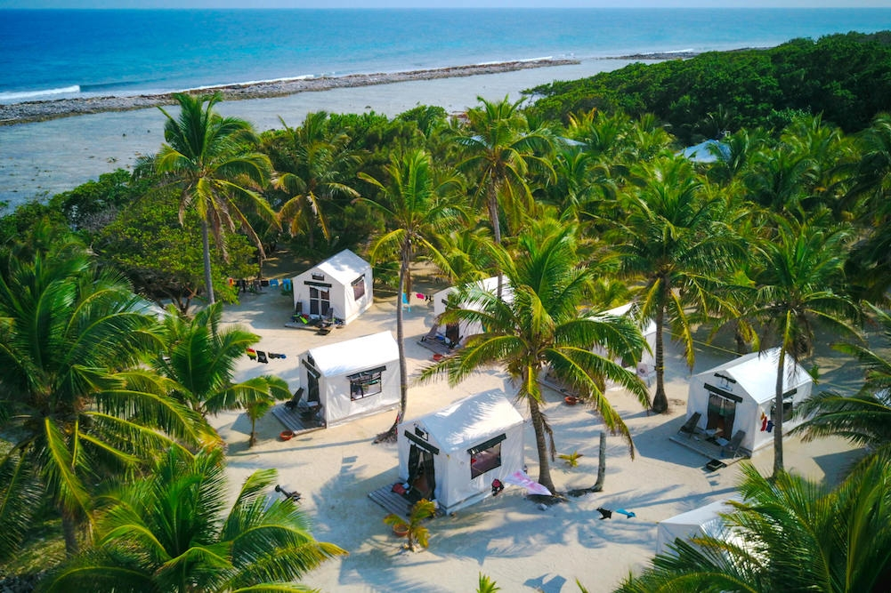Glover's Reef Basecamp on Southwest Caye